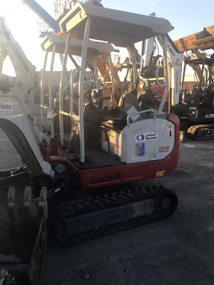On sale 2013 Takeuchi 7400-9100 excavator for Sale in Lakewood, CA