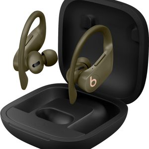 POWERBEATS PRO (left Ear Piece Only) + Charger for Sale in Bonita, CA
