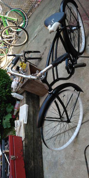 Schwinn bike good condition nothing wrong for Sale in Philadelphia, PA
