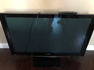 Panasonic viera 50 inch tv for Sale in Huntington Beach, CA