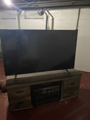 "65"" Samsung Smart TV & Fire Place for Sale in Chicago Heights, IL"