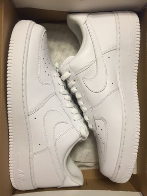 BRAND NEW AIR FORCE 1 LOW SIZE 9 for Sale in Renton, WA