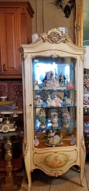 Beautiful antique wood curio cabinet for Sale in Miami, FL