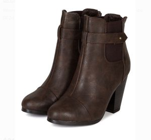 Breckelles Women Leatherette Round Toe Chelsea Chunky Heel Ankle Bootie Bf24 for Sale in Palm Harbor, FL