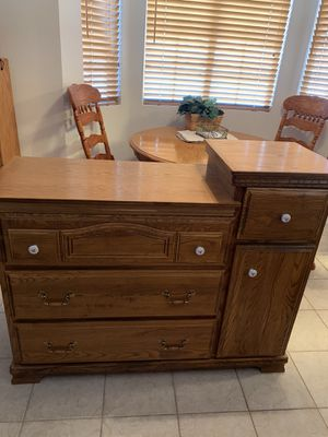 Baby Changing Table for Sale in Henderson, NV