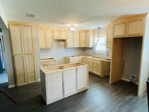 Kitchen cabinets for Sale in Pearland, TX