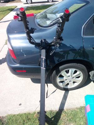 Hollywood bike rack with trailer hitch for Sale in Pico Rivera, CA