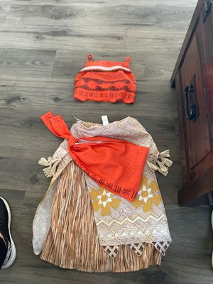 Moana size 7/8 for Sale in Palmdale, CA