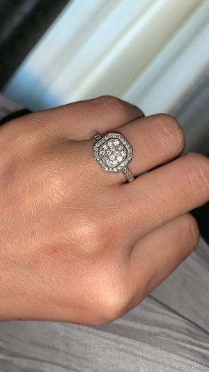Very nice wedding/engagement diamond ring for Sale in Apache Junction, AZ