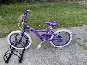 Schwinn 20 inch girl bike for Sale in Mableton, GA