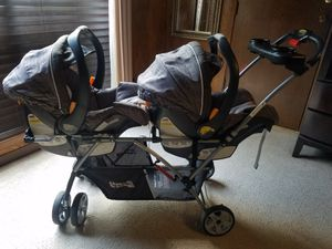 Double stroller and car seat with base for Sale in Pasadena, TX