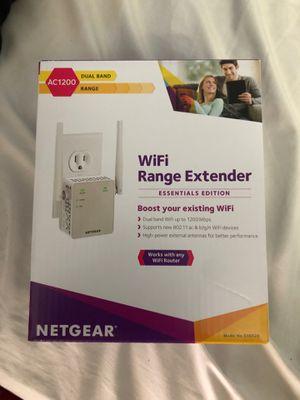 Netgear WiFi range extender for Sale in East Los Angeles, CA