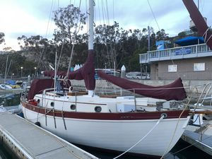 Pacific seacraft 1977. Do you want to sail around the world ? This is the boat for the job , she is in great condition and ready for blue water. Chan for Sale in HUNTINGTN BCH, CA