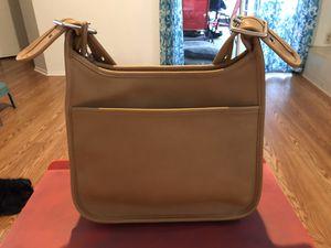 COACH VINTAGE CROSSBODY ZIP BAG!! Excellent condition!!!! for Sale in Sanford, FL