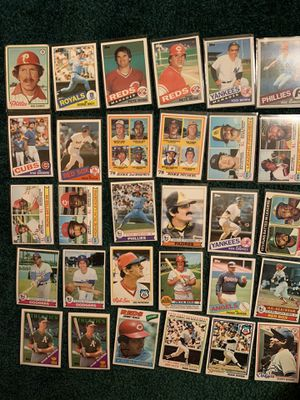 VINTAGE BASEBALL CARDS for Sale in Orland Hills, IL