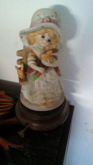 Music figurine for Sale in Las Vegas, NV
