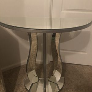 Set Of Mirrored Nightstands for Sale in Fresno, CA