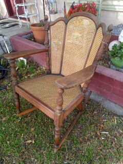 Antique solid wood rocking chair for Sale in San Bernardino, CA