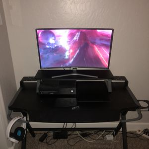 Gaming Desk for Sale in Visalia, CA