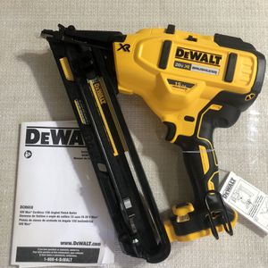 Dewalt New 15 Finish Nailer for Sale in Los Angeles, CA