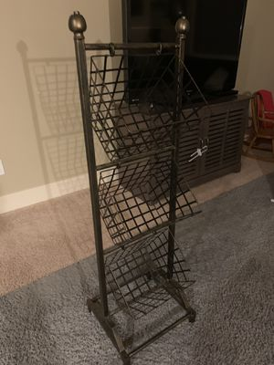 3 tier metal stand for Sale in McMinnville, OR