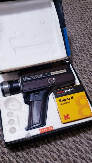 Mint '75 XL300 super 8 w/ FILM for Sale in Massillon, OH
