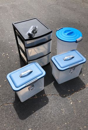 Household storage containers 4 different for Sale in Sudley Springs, VA