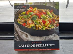 Cast Iron Skillet Set for Sale in Henderson, NV