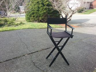 """Director Chair Bar Chair 30"""" Tall like New for Sale in Federal Way,  WA"""