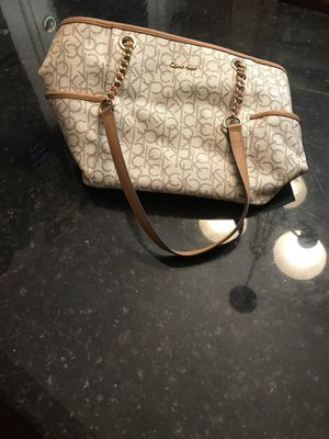 Calvin Klein purse! for Sale in Crofton, MD