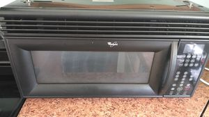 Large above stove microwave for Sale in Winter Haven, FL
