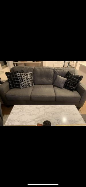 Tufted 3 seater grey couch for Sale in Santa Clara, CA