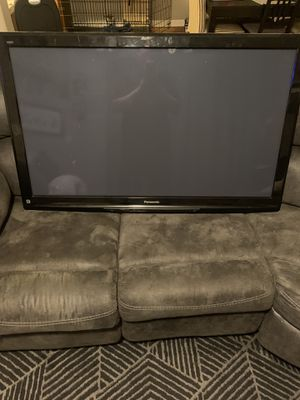 55 inch panasonic tv. Tv works but hdmi plug ins not working for Sale in Denver, CO