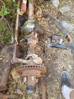 Jeep dana 44 front passenger side drop axle disc brakes wagoneer for Sale in Upland, CA