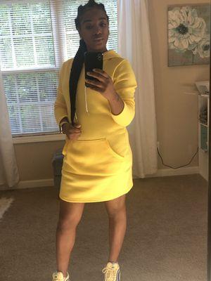 Dress for Sale in Riverdale, GA