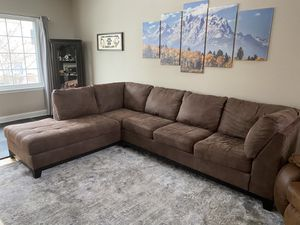 Couch for Sale in HOFFMAN EST, IL