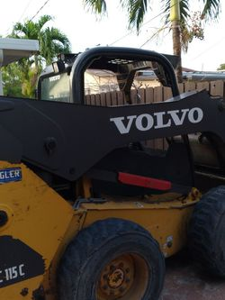 Trabajo De Bobcat 50 Por Horas for Sale in Miami,  FL