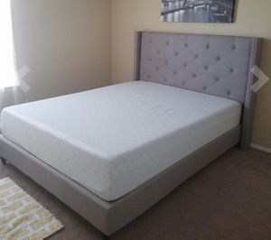 """New FULL size platform bed frame and 12"""" memory foam mattress for Sale in Columbus, OH"""