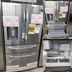 NEW OUT OF BOX SAMSUNG STAINLESS STEEL FOUR DOOR REFRIGERATOR for Sale in Ontario,  CA