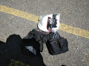 Un casco y una faja de construction el casco nunca a siusado for Sale in NC, US