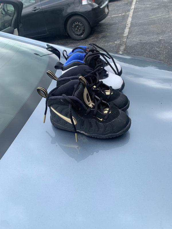 Infant shoes size 7c