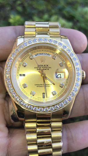 Luxurious watch for Sale in Poinciana, FL