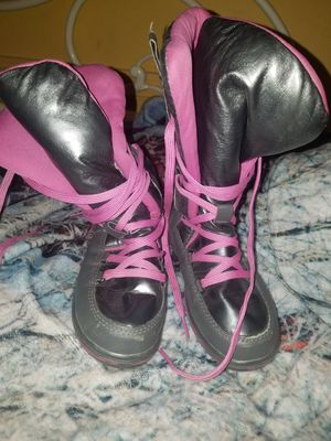Sz 1 totes girls boots for Sale in Indianapolis, IN