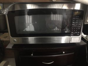 GE Microwave for sale for Sale in Germantown, MD