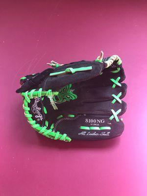 Kids baseball glove 10 inch for Sale in Reading, MA
