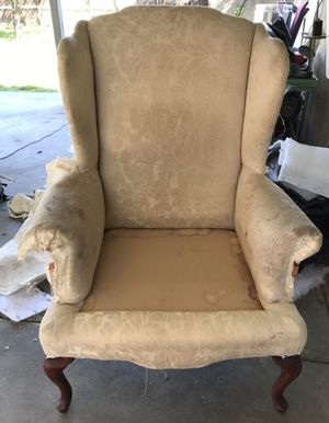 REUPHOLSTERING CHAIRS for Sale in Gardena, CA