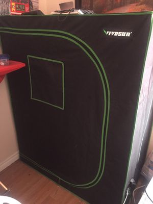 5x4x2 grow tent hydroponic for Sale in Bloomington, CA