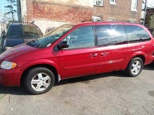 2007 dodge grand caravan sxt for Sale in Bridgeport, CT