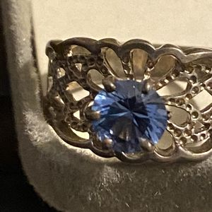 Vintage Ring. I don't know much about it. Believe It's 10k. Size7 for Sale in Peoria, IL