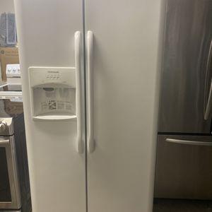 Refrigerador Frigidaire 33 wide for Sale in Hollywood, FL